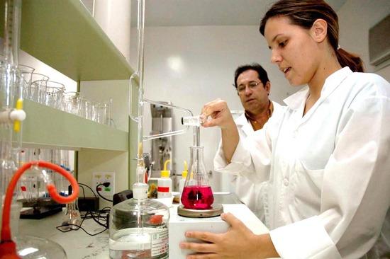 Assistente De Laboratório