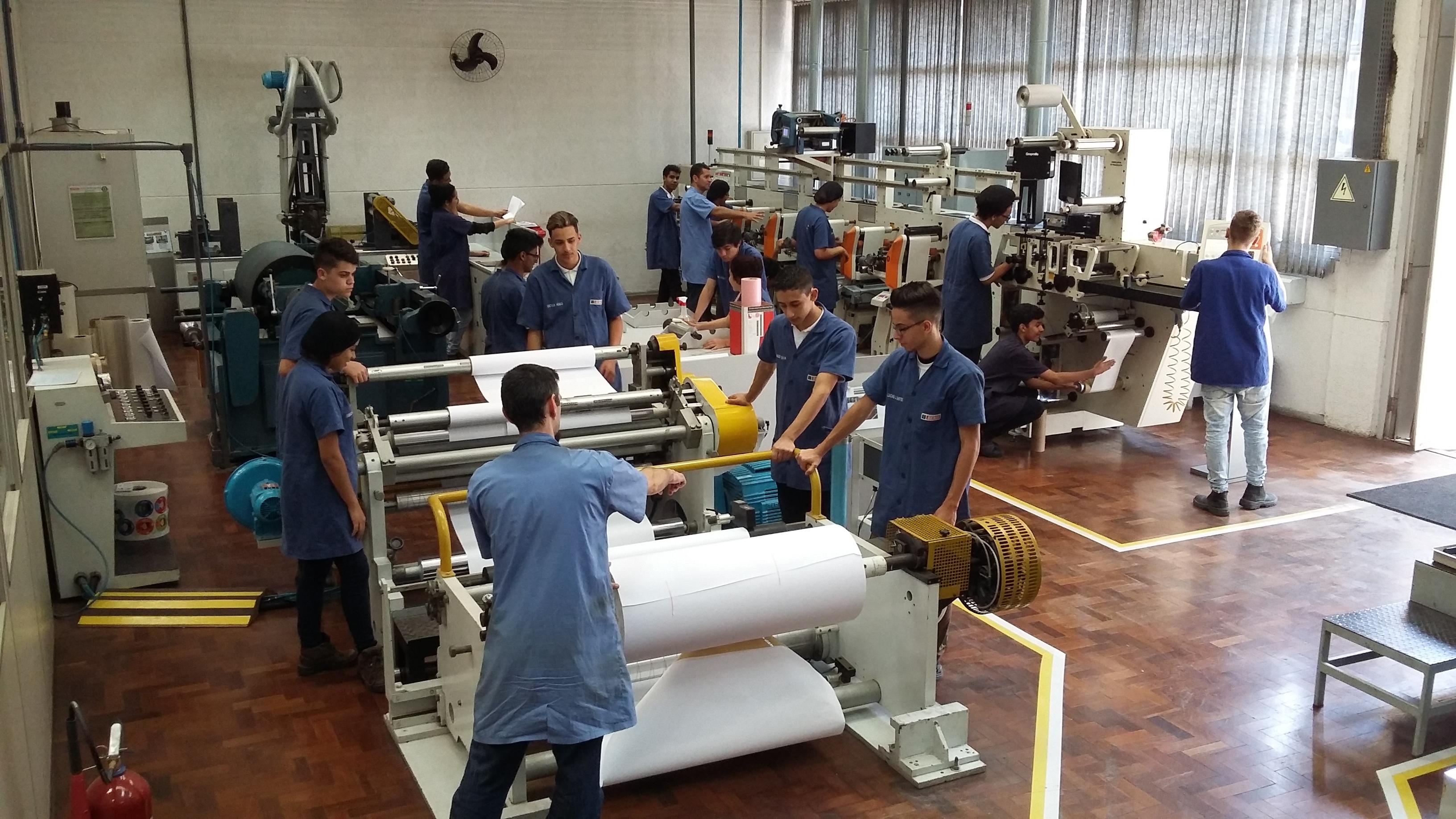 Auxiliar de Produção - Impressor