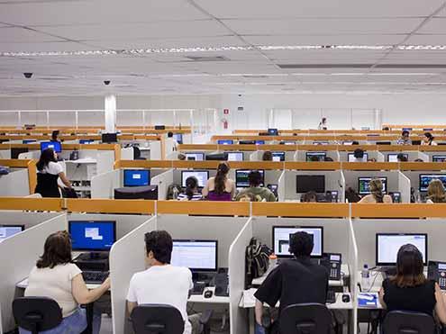 Atento contrata pessoas para Control Desk