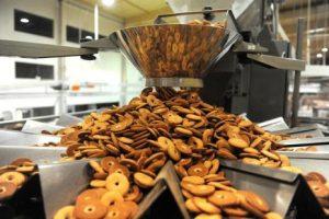 fabrica-biscoito-bolos-emprego-renda