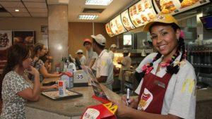 Vagas de Empregos Para Atendentes McDonald's -
